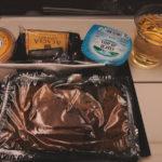 エティハド航空エコノミーの機内食・アルコールメニューはこんな感じ!